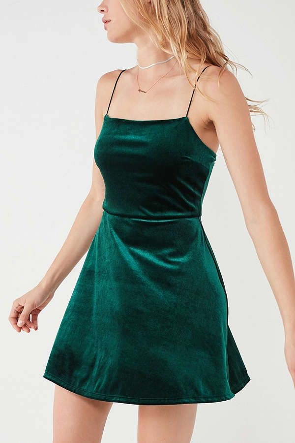 6516bc7e56e0 Slide View: 6: UO Velvet Straight-Neck Mini Dress | My Style in 2019 ...