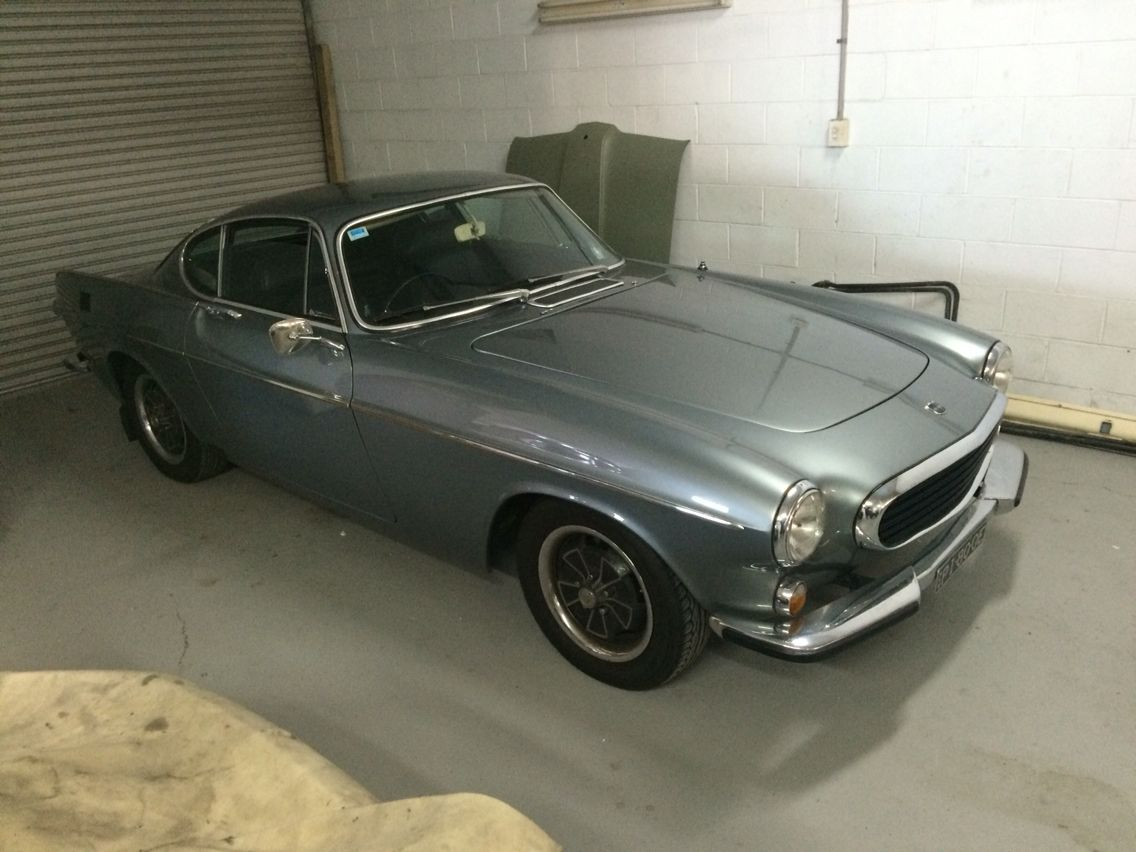 1971 p1800 Volvo Car restoration, Sports car, Classic cars