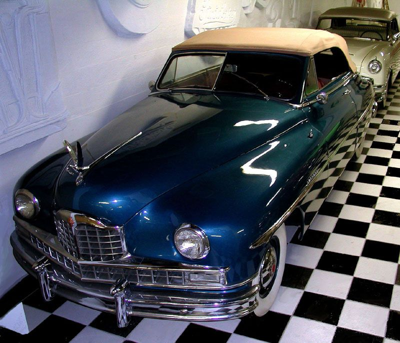 American Classic (North Miami, Florida). Picture Yourself in Paradise at www.floridanest.com