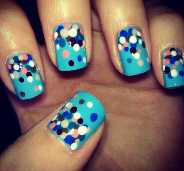 Summer nails - from Miss Jen Fabulous | Dotted Nail Designs | Pinterest