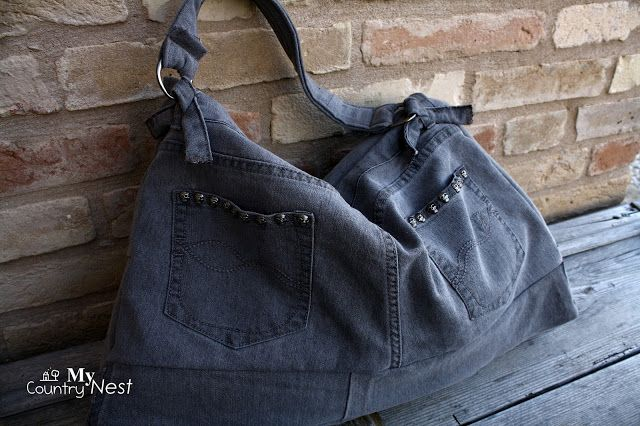 Photo of My country nest: Maxi bag / briefcase in gray jeans