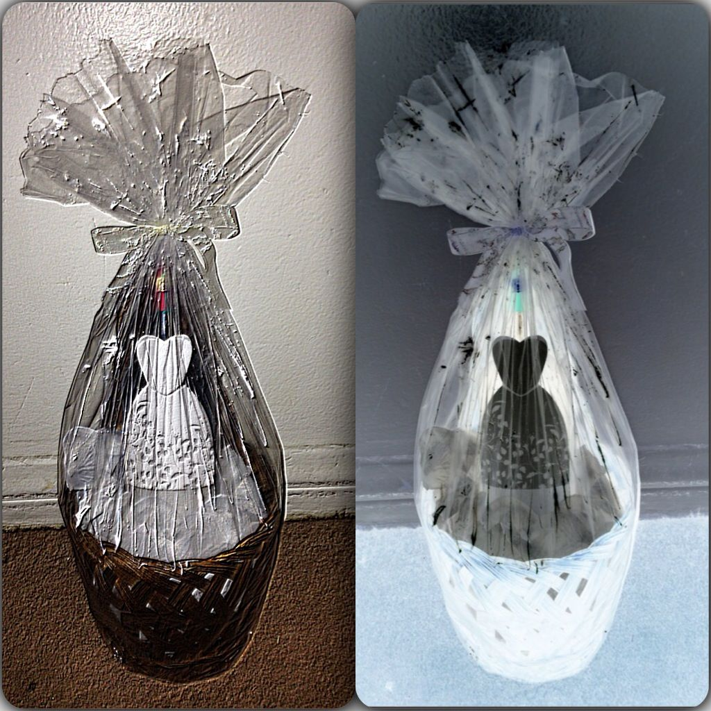 Bottle in a basket for the braid to be.