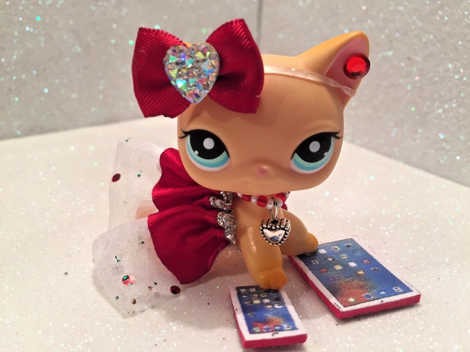 clothes and accessories made for lps littlest pet shop