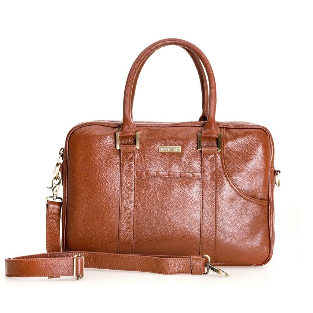MERIKH Business bag in leather with removable shoulder strap. Suitable for both men & women. Available in: Black & Cognac brown