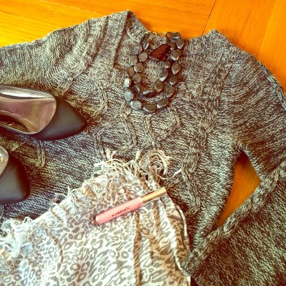 """Sweater Tunic 3/4 sleeve, gray marble knit sweater. 30"""" long, chest is 17"""". Small pockets on front. Very warm, 100% acrylic. In great condition, no piling or stains. Sweaters"""