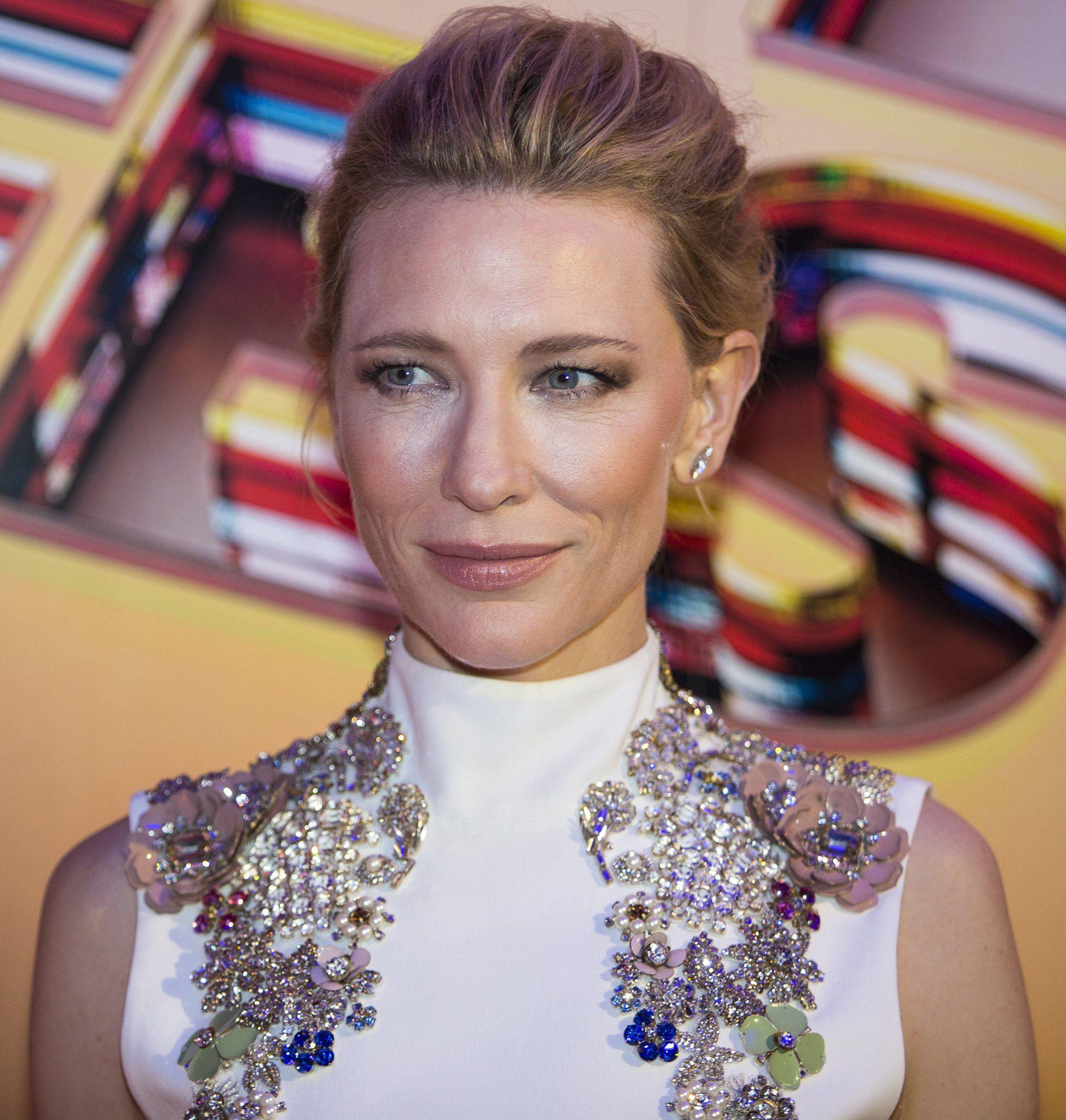 Cate Blanchett Photos (มีรูปภาพ)