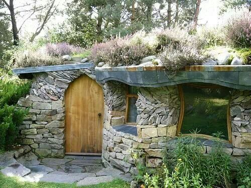 Living roof Underground homes, Earth sheltered homes