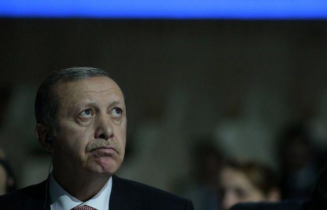 Guerre en Syrie: La Turquie joue les gros bras