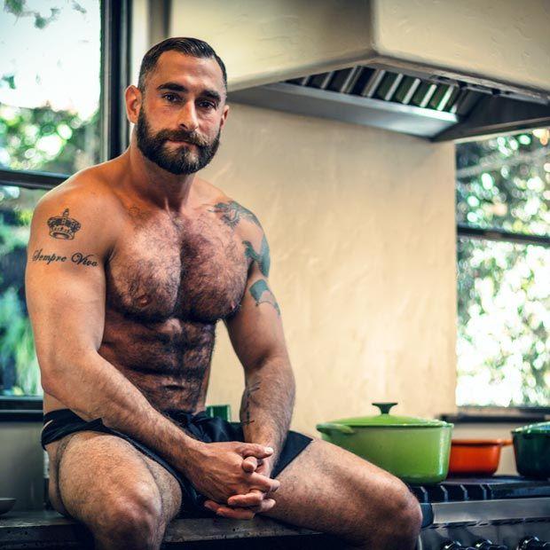 Alpha males in super gay wanking