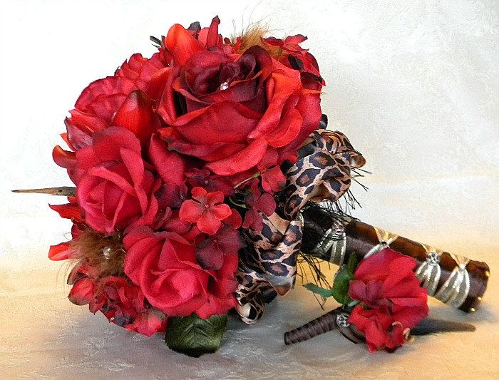 10 Piece Red Rose And Cheetah Print Bridal Bouquet Wedding