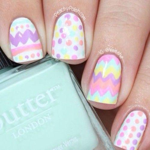 Uñas con colores pastel