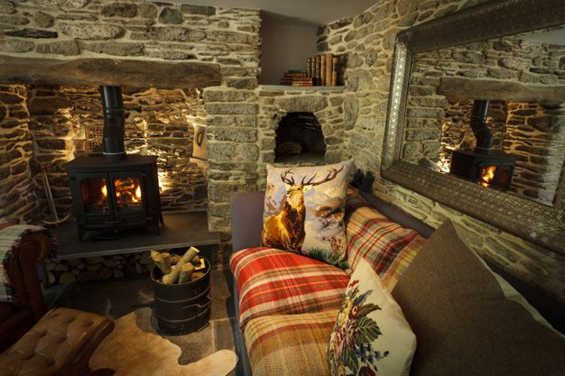 self catering ac modation in cornwall snug room in the
