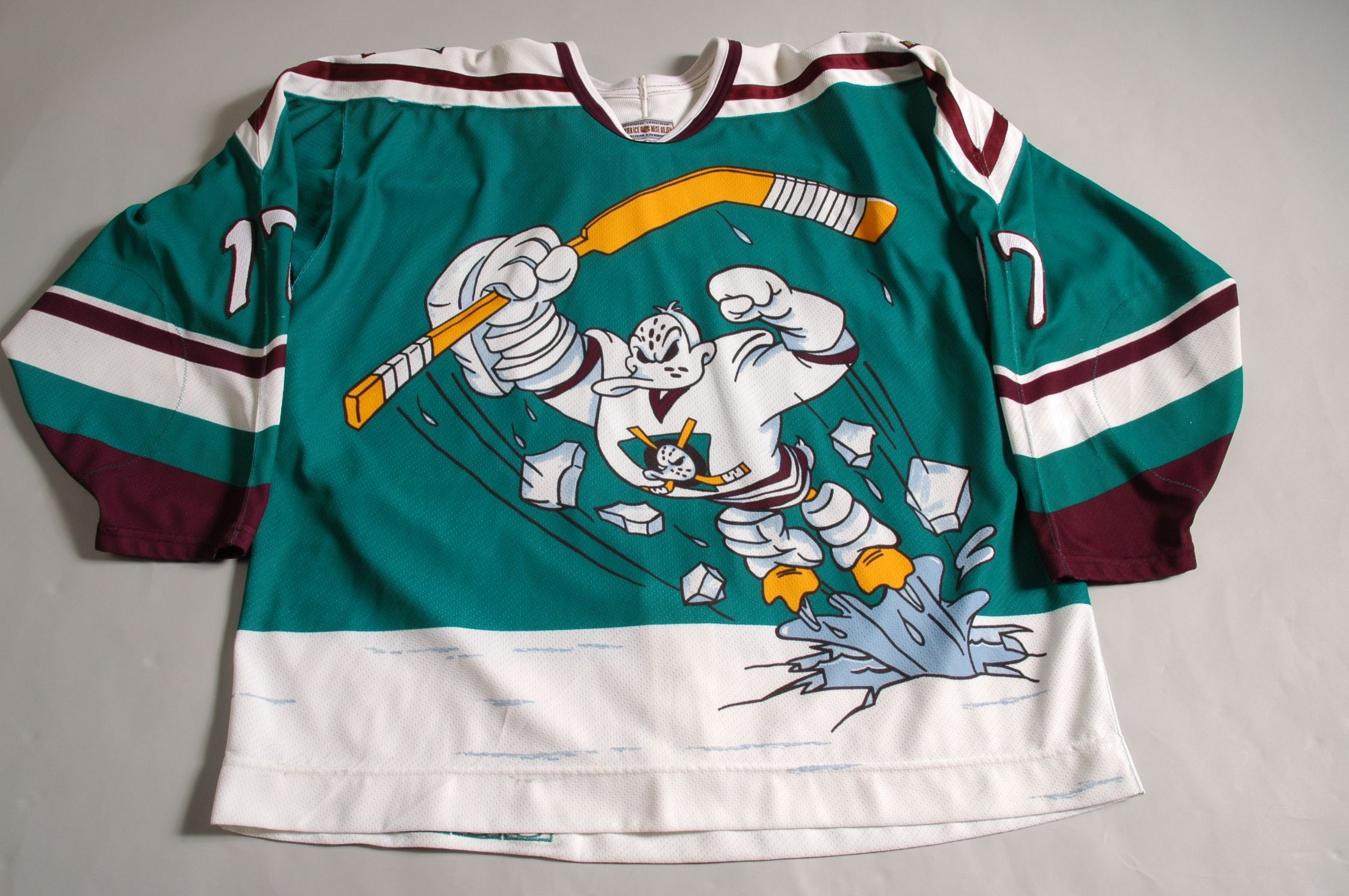 The Mighty Anaheim Ducks! not college football cc1828502