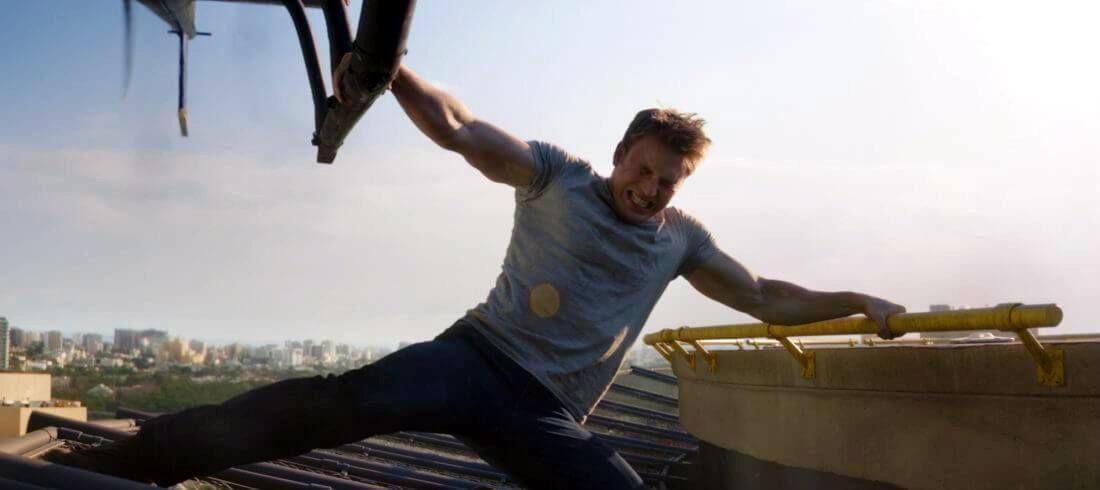 Alright so let's cut to the chase: Chris Evans is Captain America. He has what a lot of men (and women)believeis the ideal male physique. Not too skinny, not overly muscular, just right. Chris Evans plays a fantastic Captain America and part of the reason hedoessuch a great job is because of his physique. …
