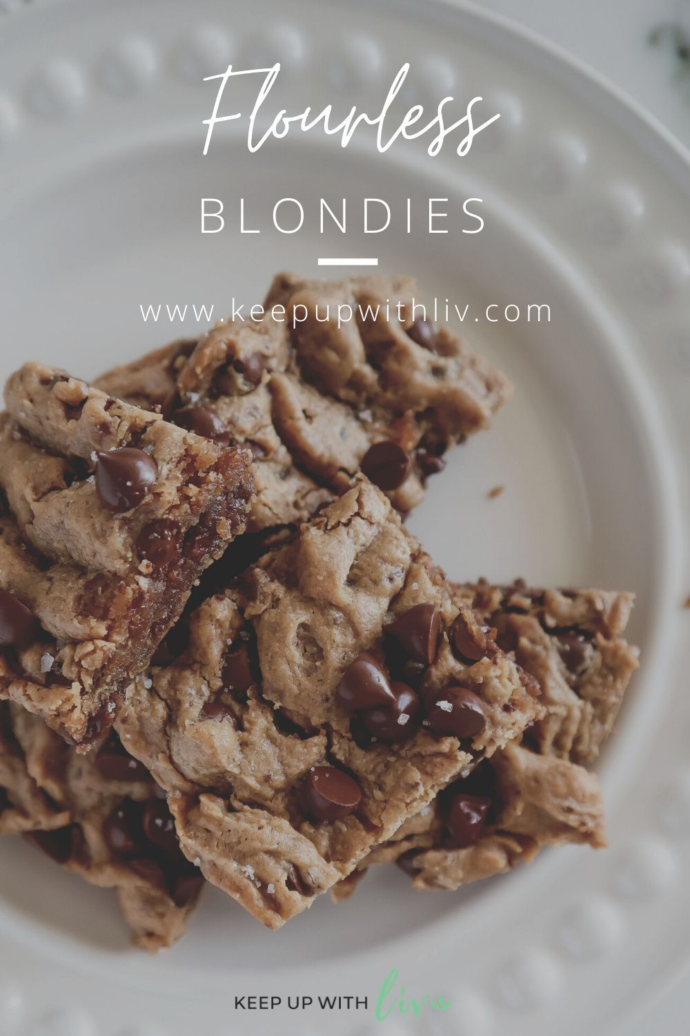 These Gluten Free Flourless Blondies are a guilt-free sweet treat for the whole family. You won't even know they're gluten free! #glutenfreeblondies #glutenfreerecipes #glutenfreedessert #flourlessblondies