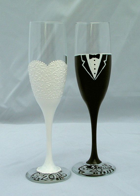 Wedding Toast Flutes Bride And Groom Champagne Flute Hand Painted Glass Set Bride And Groom Toas Wedding Glasses Diy Wedding Glasses Toasting Flutes Wedding