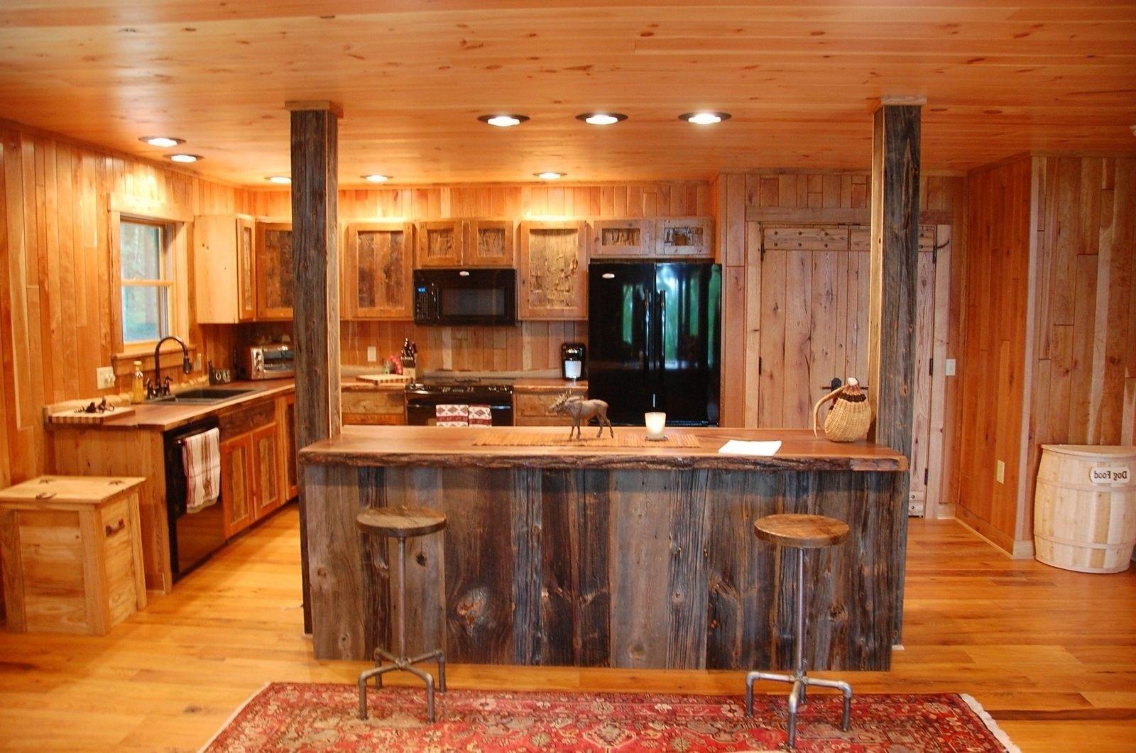 Küche rustikal einrichten gemütlich landhausstil holzhaus kittchen ...