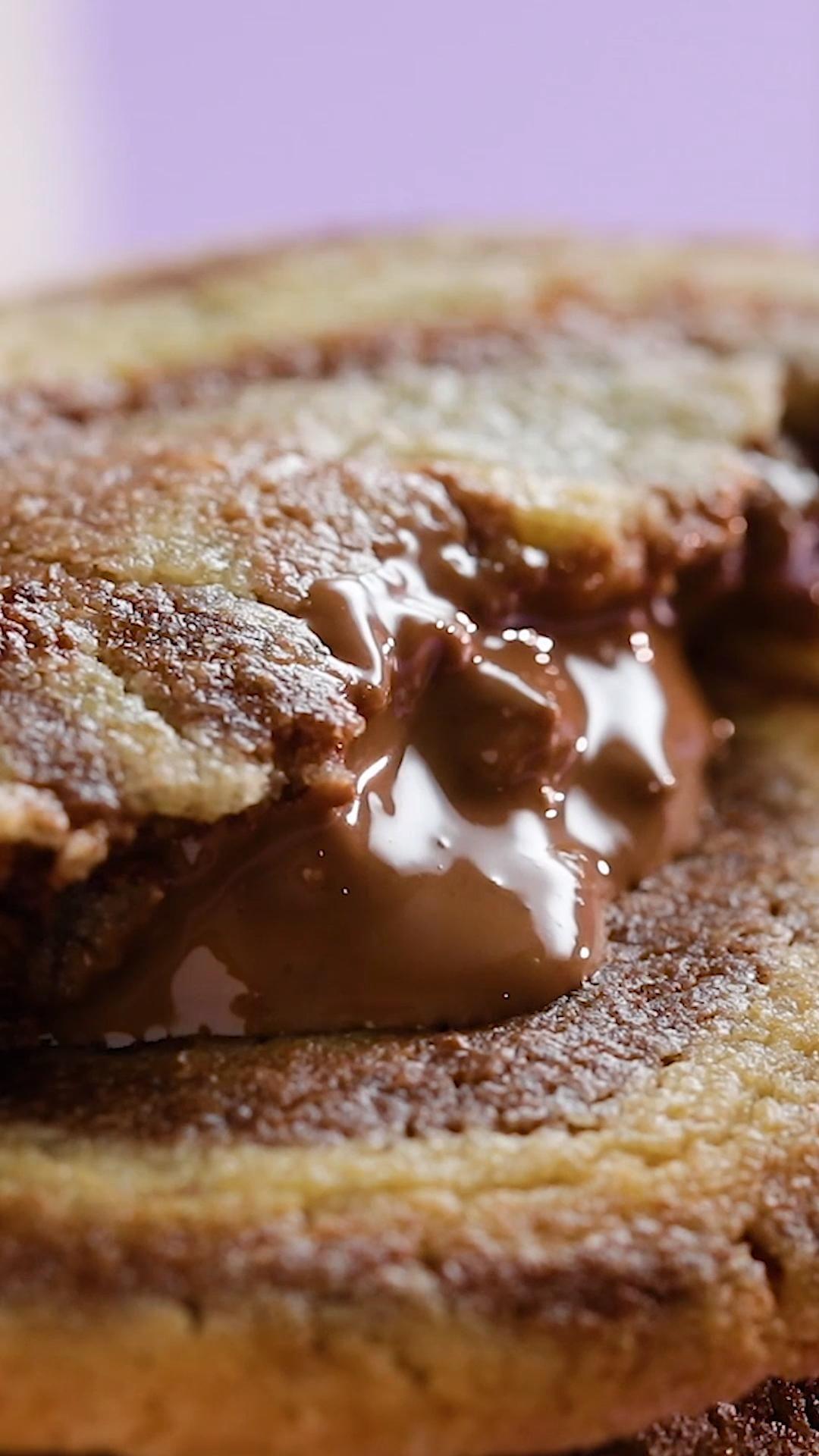 Cookies marbrés au cœur coulant