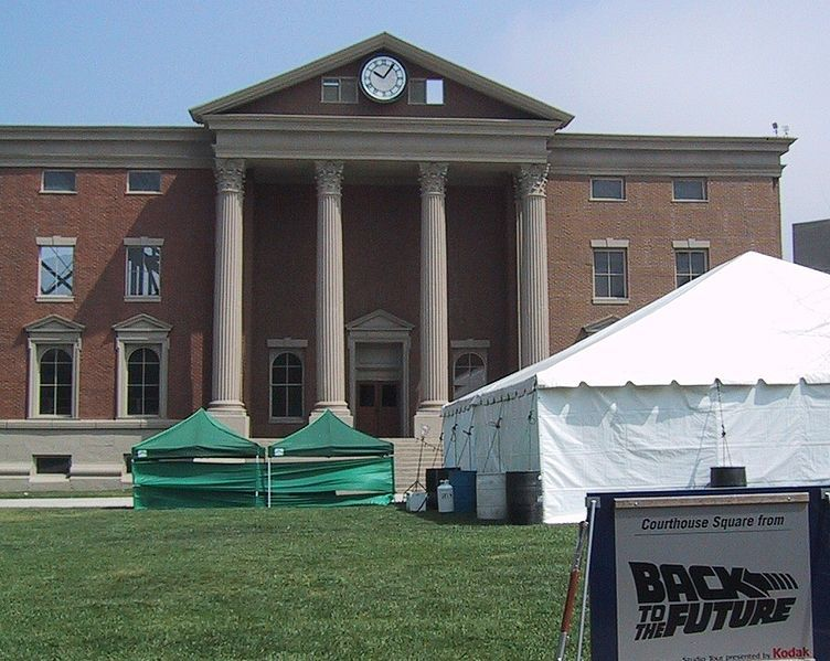 File:Hill Valley Court House.jpg
