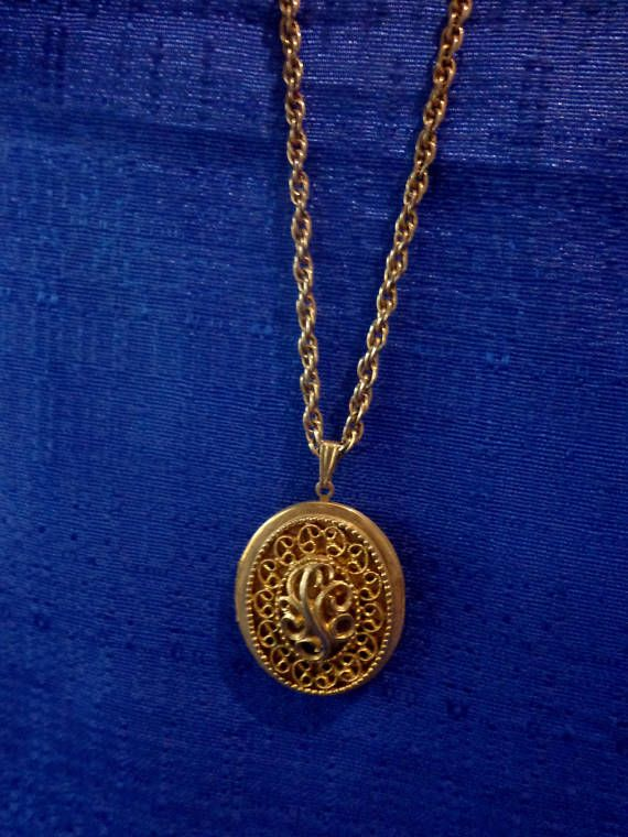 Sarah coventry locket necklacevintage locket necklace aloadofball