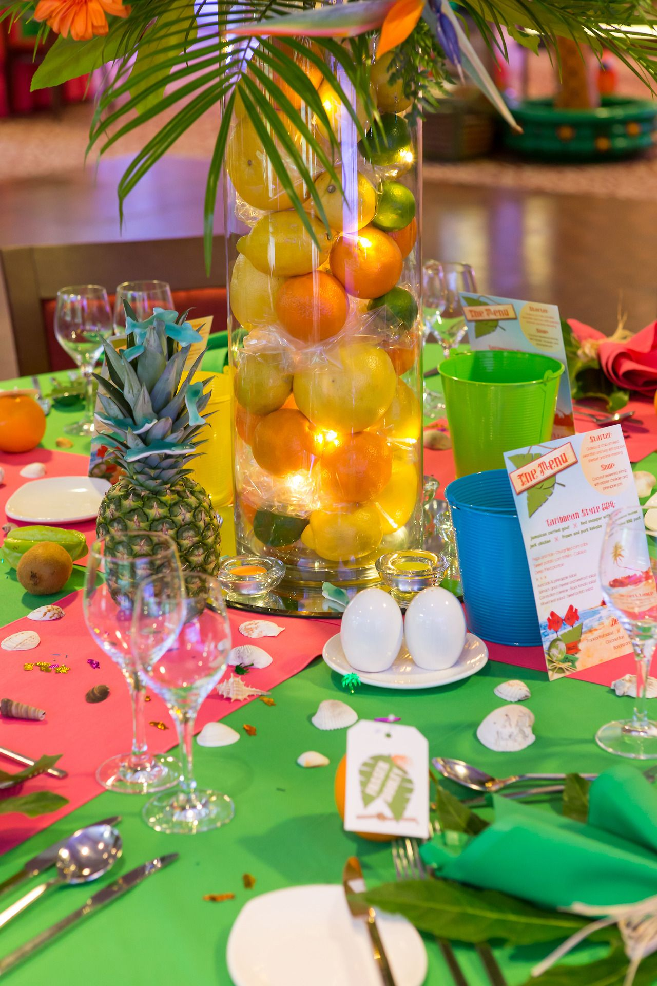 Caribbean tropical beach party table displays caribbean Table decoration ideas for parties