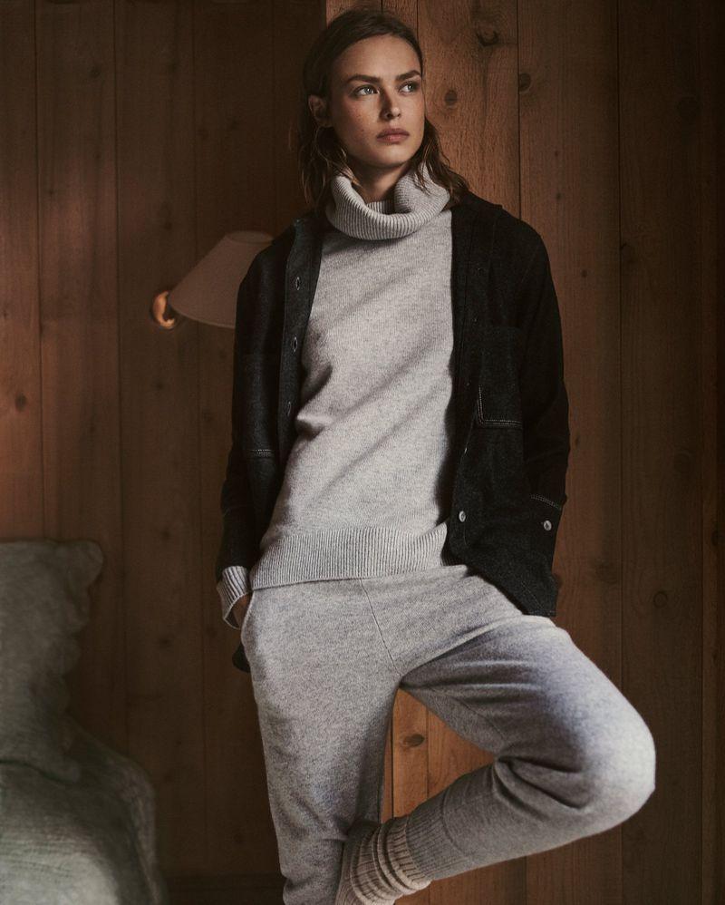 Birgit Kos Is Massimo Dutti Apres Ski Collection Snow Bunny Lensed By Gregory Harris Apres Ski Style Lounge Wear Massimo Dutti