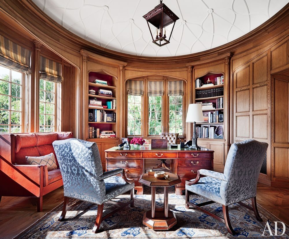 Traditional Office/Library by Michael S. Smith Inc. and Ferguson & Shamamian Architects in Beverly Hills, California
