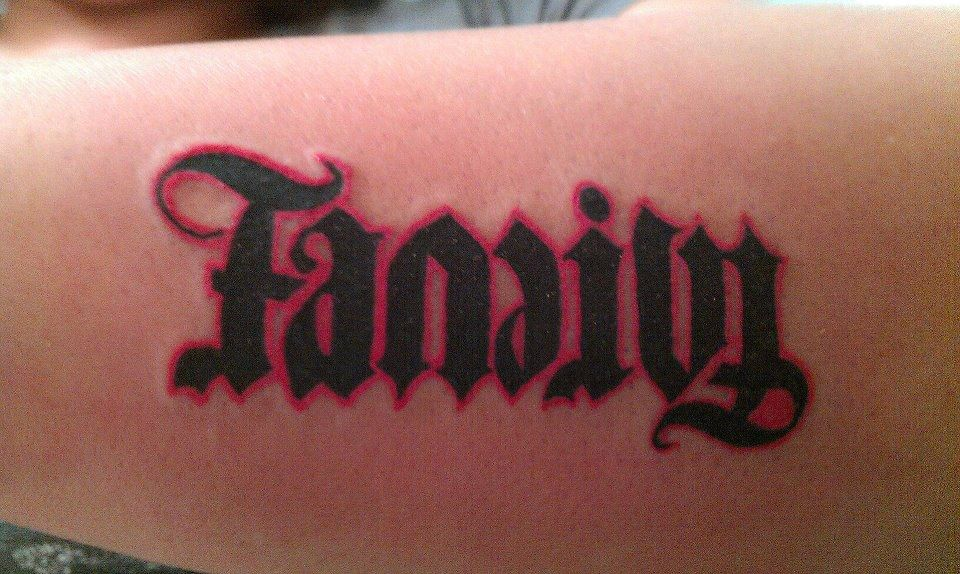 soloinktattoos tattoosbyoc ambigram family forever