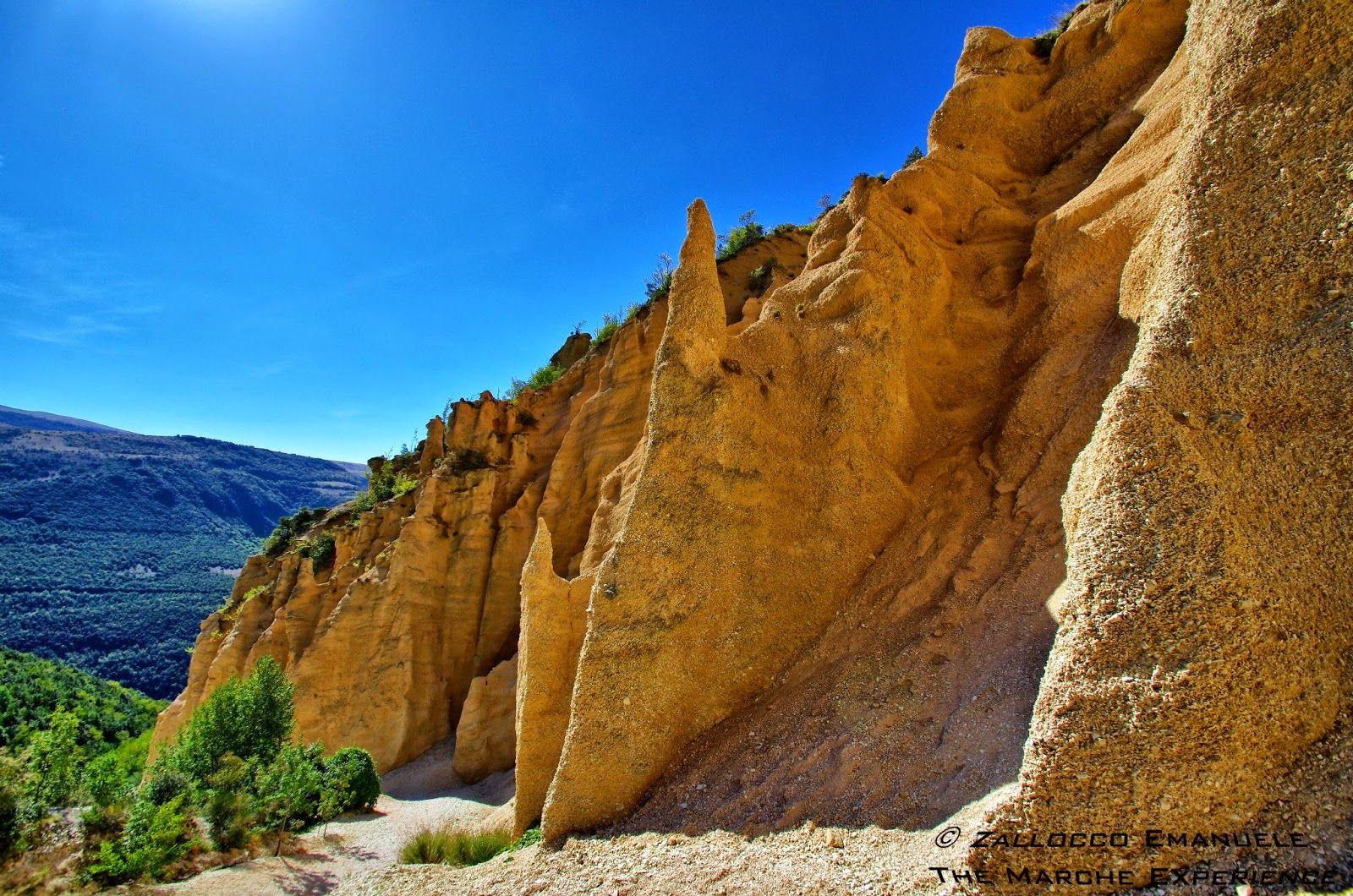 Il Gran Canyon Delle Marche Le Lame Rosse Viaggi Luoghi Da