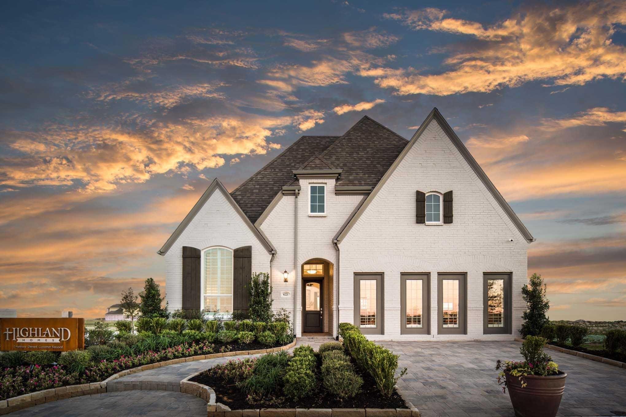 Highland Homes Trinity Falls 50s Dfw Plan 553 Highland Homes New Homes Home Builders
