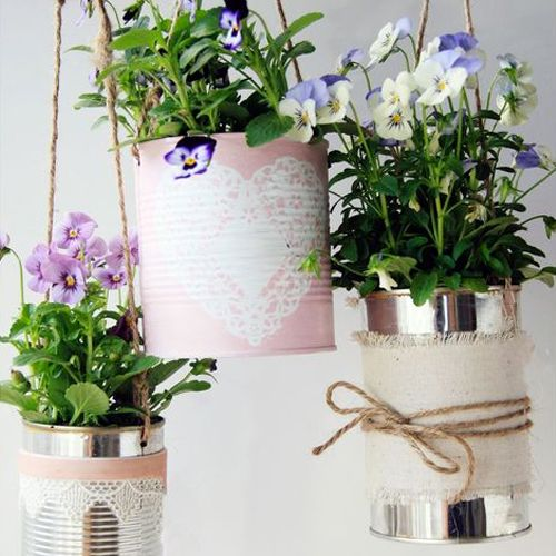 Upcycled Flower Tins - Don't throw away your grocery tins! use them with some twine to create these beautiful flower tins