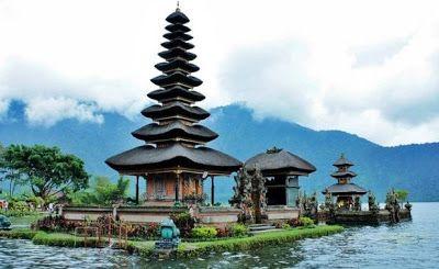 Info Travelling Dan Maskapai Di Indonesia Tempat Wisata Di Daerah Tanah Lot Bali Yang Bisa