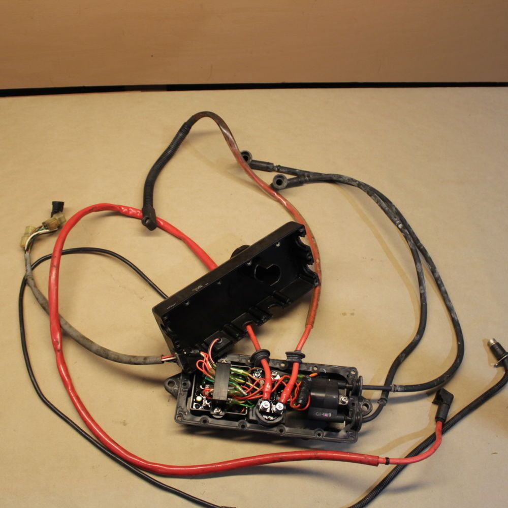 hight resolution of yamaha 1995 waverunner 3 iii gp 700 electrical box ecu cdi wiring harness