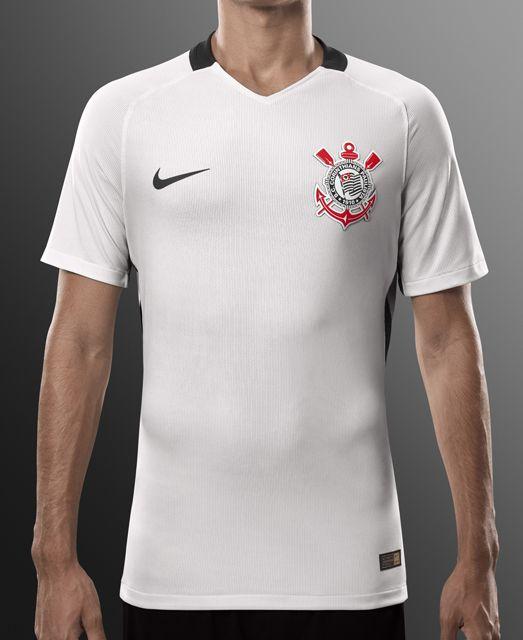 Nike e Corinthians apresentam novo uniforme 2016  49ac72174c627