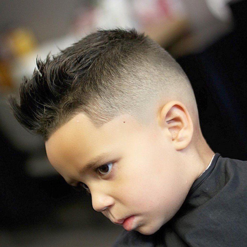 Cool In Der Schule 23 Moderne Jungs Frisuren Im Trend Frisurentrends Zenideen In 2020 Jungs Frisuren Jungen Haarschnitt Kleinkind Junge Haarschnitt