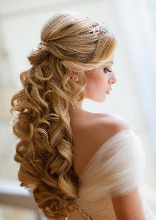 Neuesten Frisuren Fur Lange Haare Hochzeit Impletituri Wedding