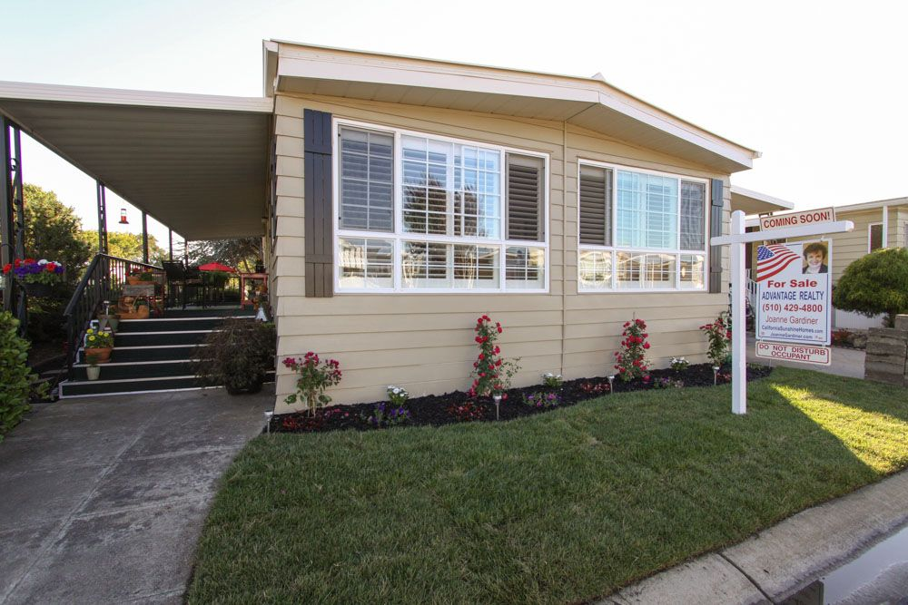 Town And Country Mobile Home For Sale In San Leandro Ca Mobile Home Exteriors Remodel Small House Renovation