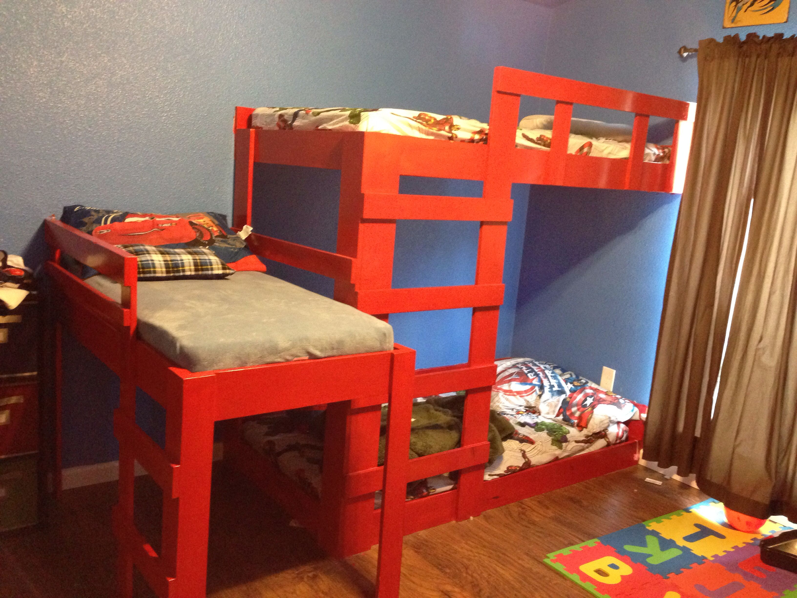 Bunk beds for girls and boys - Diy Bunk Bed For 3 Boys Or 3 Girls Since We Aren T Sure What