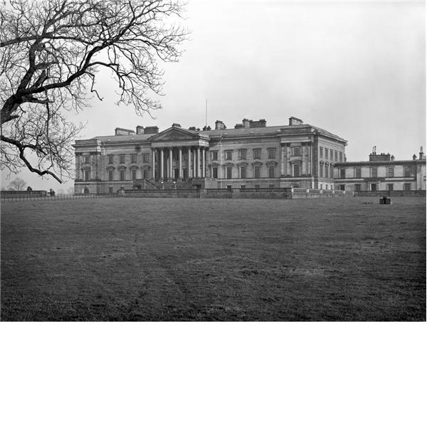 Abandoned Mansions, Royal Property