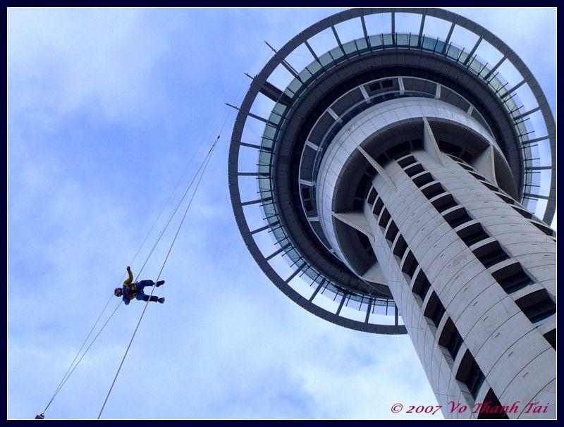 going on the sky jump in vegas ROAD TRIP Stratosphere las vegas