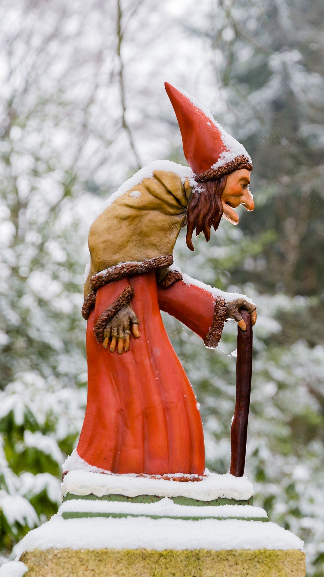 Efteling Winterse Wallpaper Sprookjesbos Heks In 2021 Fairy Tales Theme Park Buy Tickets