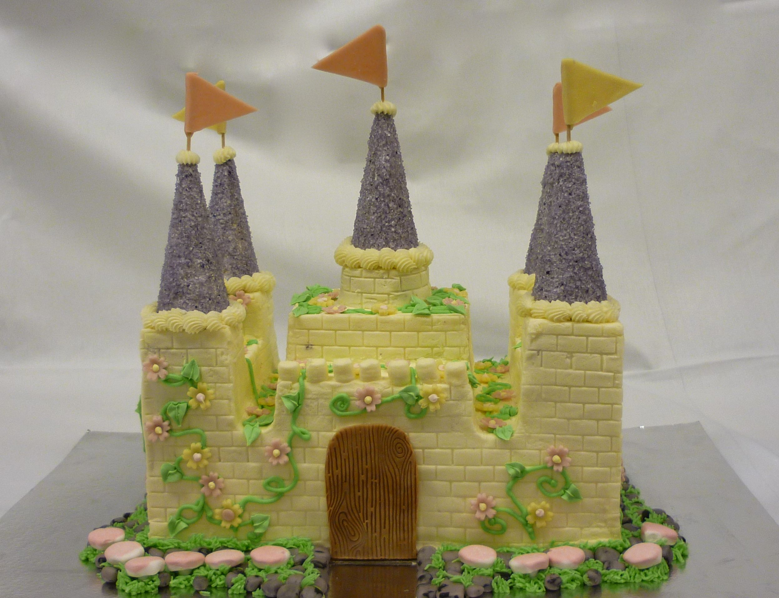 castle cake for a 4 year old birthday princess party | misc cakes