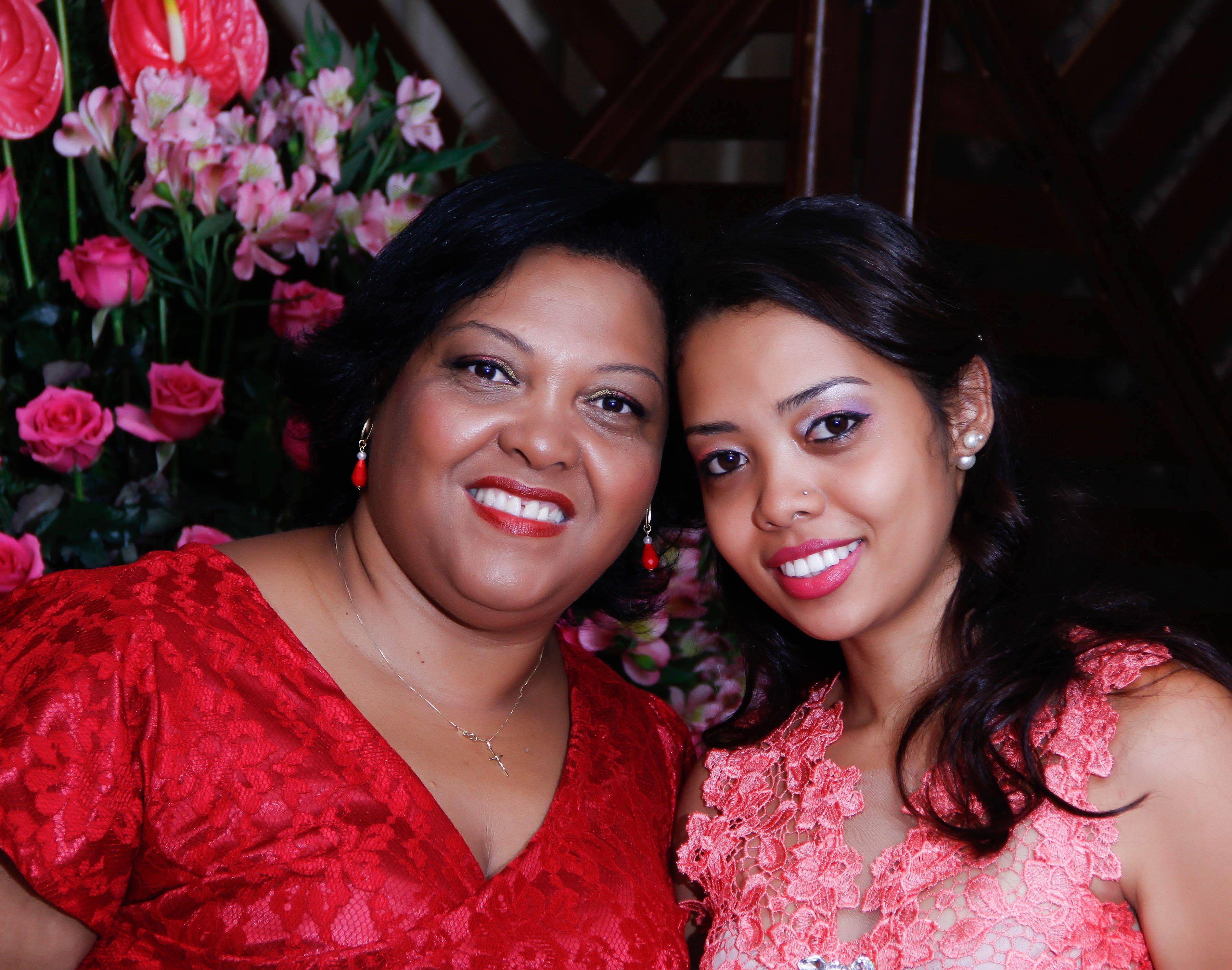 Eu e a mamãe...linda te amooo