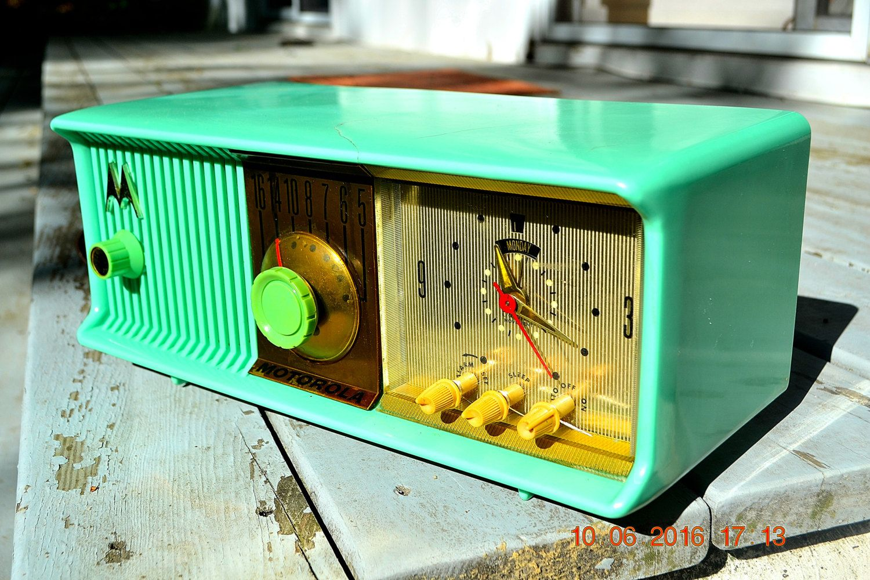 PRINCESS PINK Retro Jetsons 1957 Motorola 57CC Tube AM Clock Radio Totally Restored! by RetroRadioFarm on Etsy
