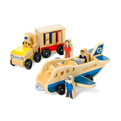 UNICEF Airplane Play Set, 'Bon Voyage!' (10-piece set). Shop from #UNICEFMarket and help #UNICEF save the lives of children around the world.