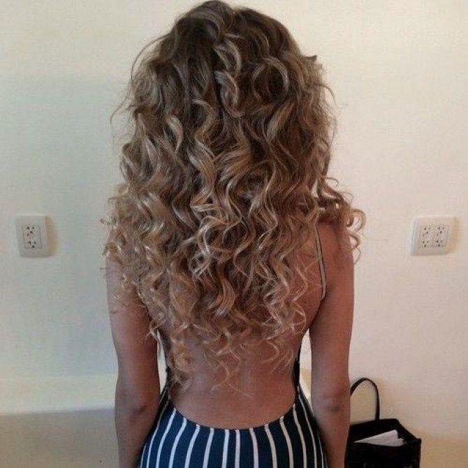 Cute Curls Are Back Here S How To Rock A Perm Hair Hair Hair