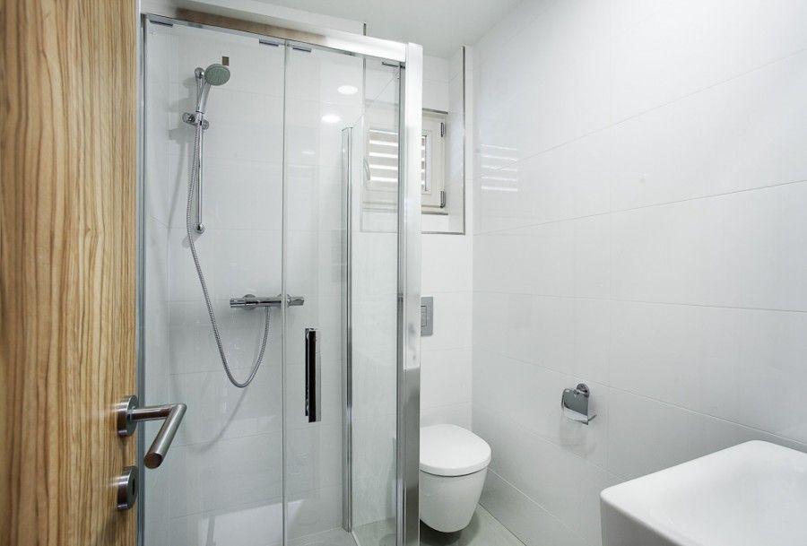 Diseño de cuarto de baño vivienda prefabricada | Modelos de casas ...