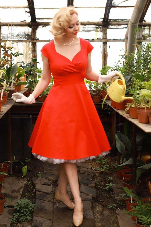 Red V Neck Swing White Vintage Dress Vintage Red Dress Vintage Dresses [ 1500 x 1000 Pixel ]