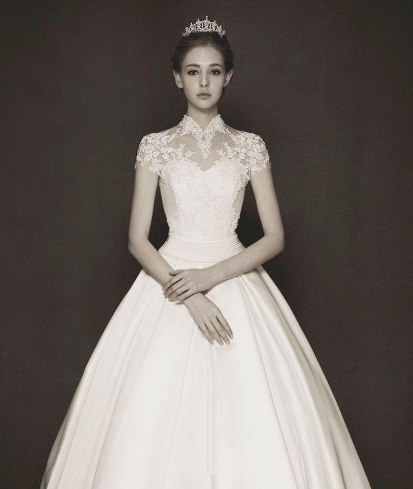 Timeless Wedding Gown: 15 Timeless Royal Princess-worthy Gowns You'll Love