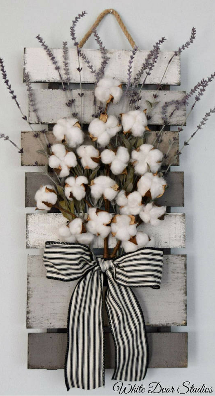 Farmhouse chic in an unexpected way. Faux lavender, rustic cotton stems and a rustic wood pallet come together to create a warm and inviting piece perfect for any room of your home. Cotton and Lavender Farmhouse Style Wall Decor, rustic decor, rustic home decor #ad